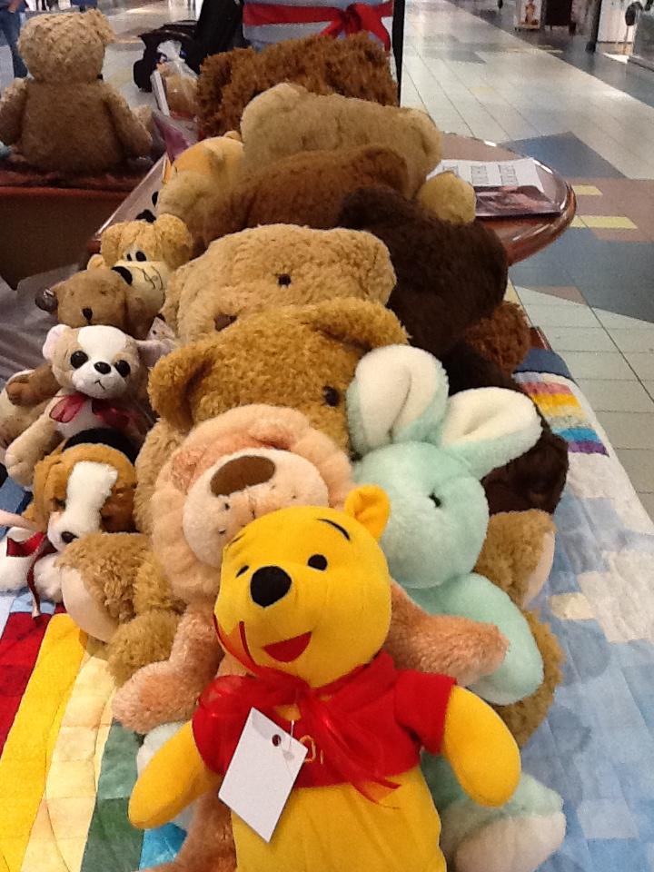 row-of-stuffed-toys.jpg
